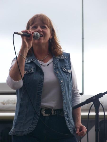 Lorraine Worth